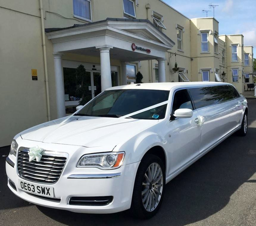 Chrysler 300 Limousine Hire In Swindon